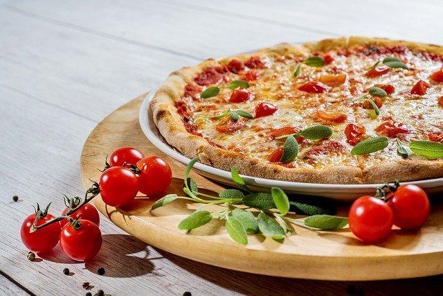 pizza au four a pizza